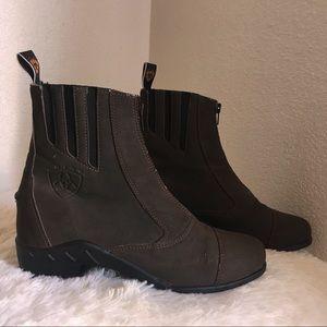 Ariat brown short boots size 8 women with zipper